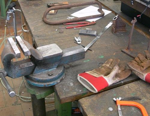 VHS-Kurs Schweißen von Metall und Altmetallskulpturen