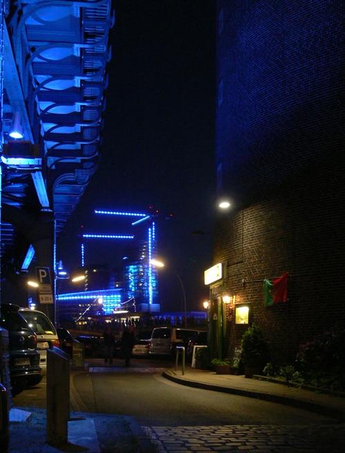 Hamburg macht blau oder was kostet die Wut? von Christine Ebeling