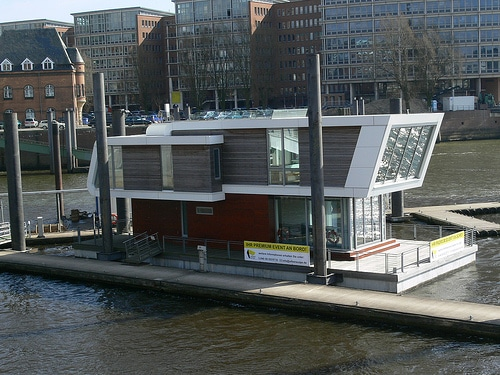 Floating Home in Hamburg an der Elbe