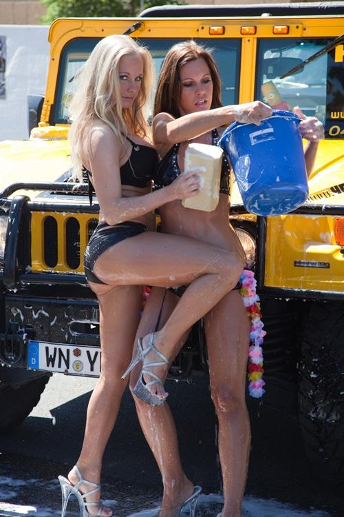 STREET MAG SHOW  Abkühlung beim Car Wash!