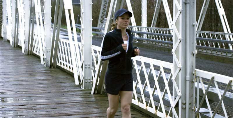 Jogging: Laufen und nicht einlaufen im Hamburger Regen