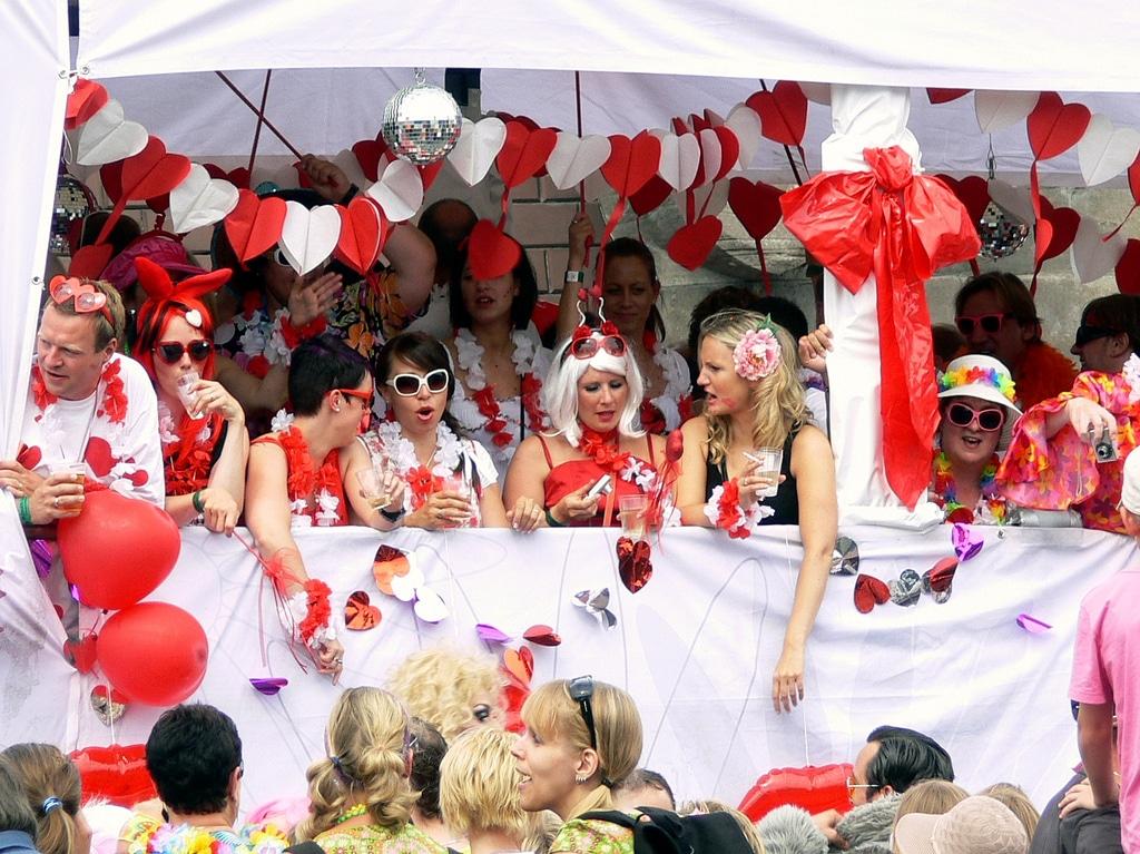 Schlager-Parade auf St. Pauli: Der Schlagermove 2013