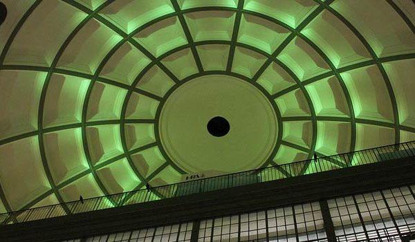 Die Kuppel des alten Elbbtunnels von Innen