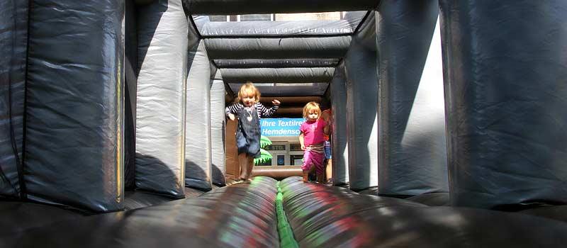 Familienfest zum Weltkindertag auf dem Bürgerplatz Eidelstedt