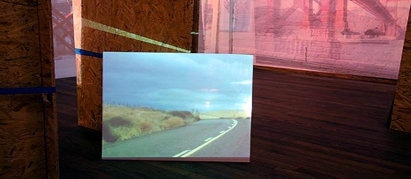 Multimedia-Installation und Ausstellung California Calling 2 von Christine Schulz