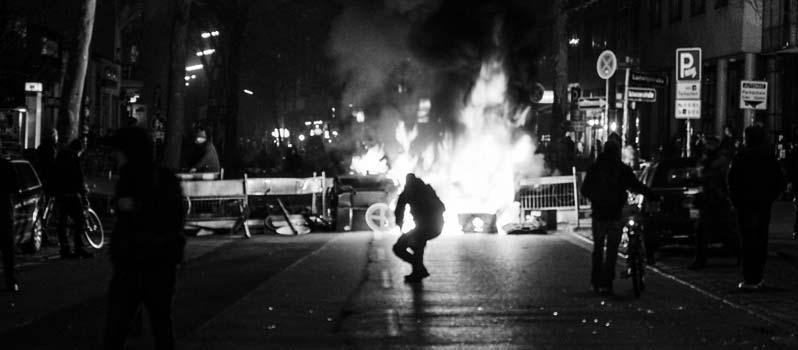 EINMELDUNG +++ Ausland beneidet Hamburg um Gefahrengebiet