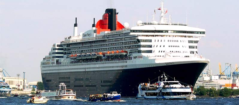10 Jahre Queen Mary 2 in Hamburg