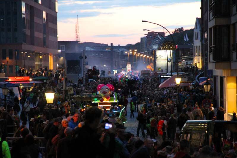 STAMP Parade, Night Parade und 350 Jahre Altona