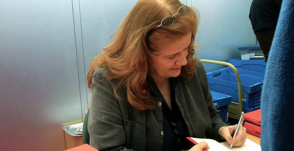 Alt-Linke Jutta Ditfurth im Politt-Büro: Antisemitische Querfronten, Verschwörungstheorien und neue Rechte