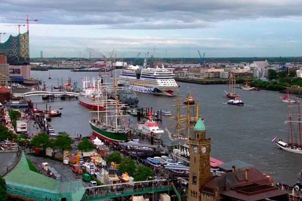 Party, Pötte und Parade – Der Hafen Hamburg feiert Geburtstag