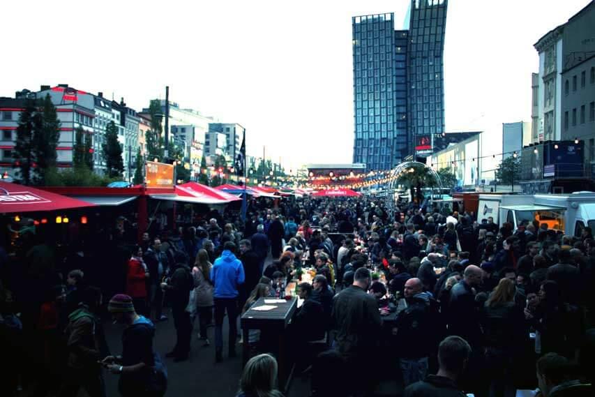 Street Food Winter Session auf dem Spielbudenplatz im Winter in Hamburg