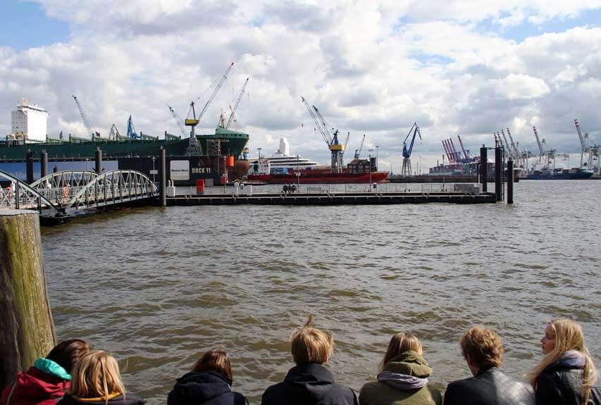 Hamburg an Alster und Elbe – Die Sehenswürdigkeiten am Wasser in einer Karte