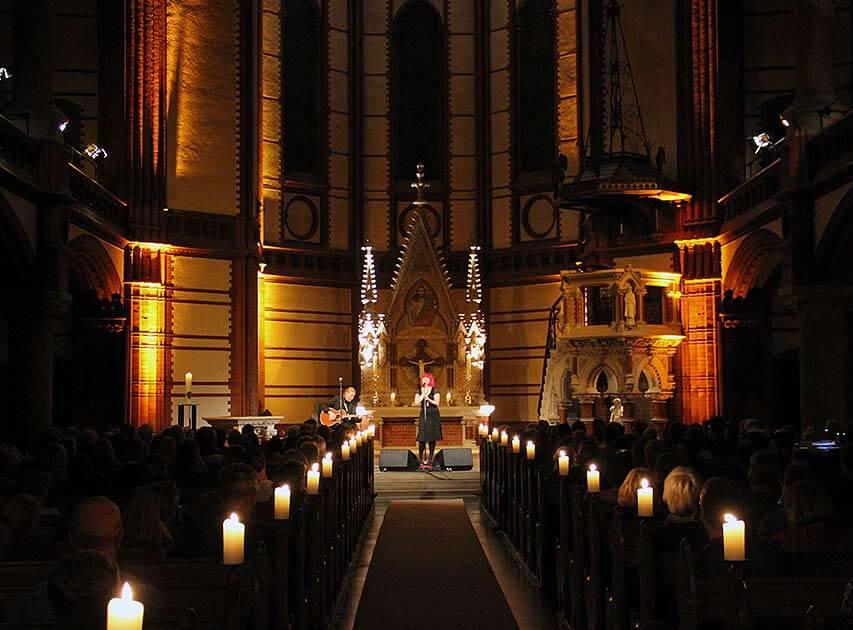 Nacht der Kirchen in Hamburg – Lebe, Liebe, Lache