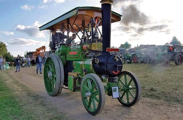 Dampfmaschinen und Traktorentreffen im Freilichtmuseum am Kiekeberg
