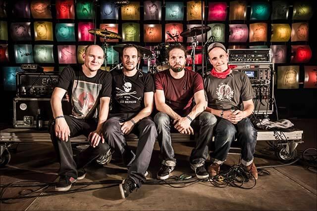 Die Band Rainer von Vielen. Copyright Vollmond Konzertfotografie