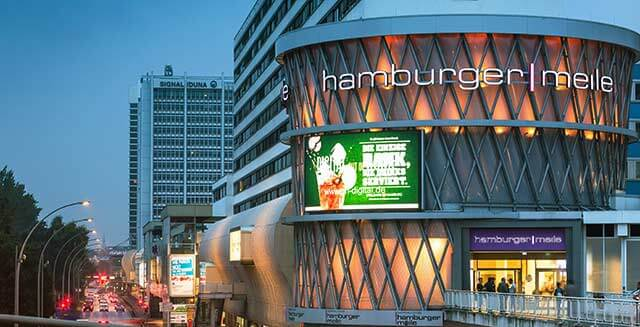 Late Night Shopping Party in der Hamburger Meile mit Prominenz