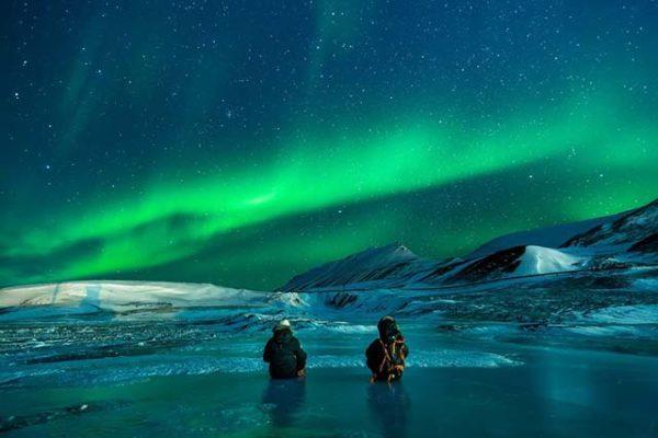 Arktis-Fahrten zu den Polarlichtern