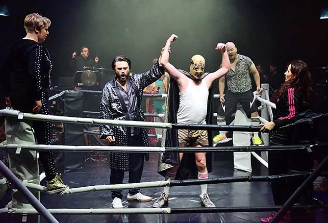 Ring & Wrestling in der OPERA STABILE. Foto: Jörn Kipping