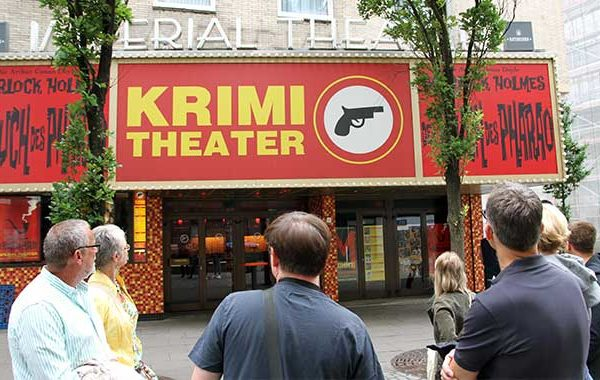 Krimi Theater in Hamburg: Eat the World + STERN CRIME