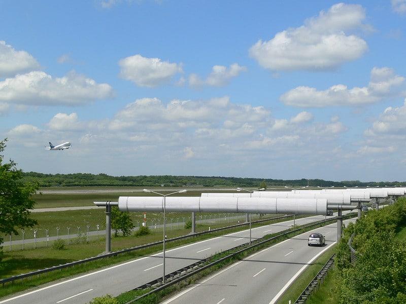 Zum Hamburger Flughafen mit S-Bahn, Taxi, Leihwagen oder eigenem Auto?