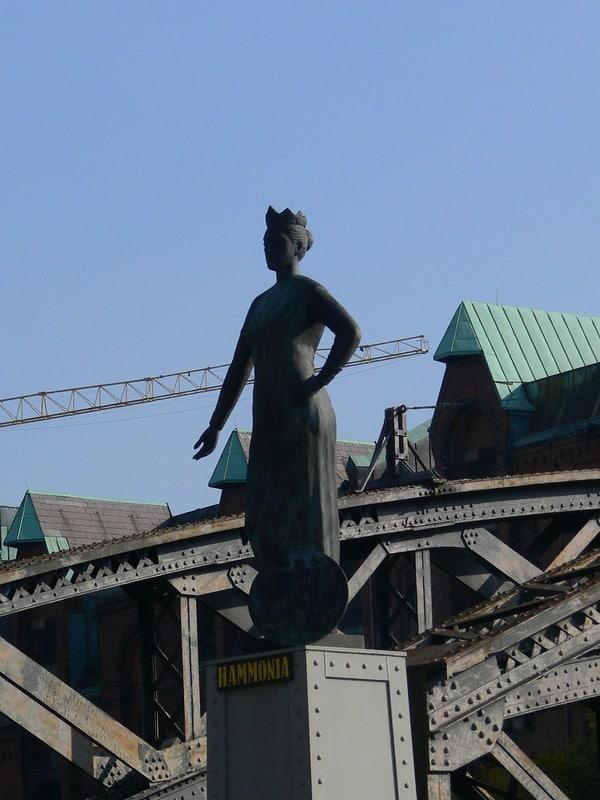 Hamburg einmal anders erleben