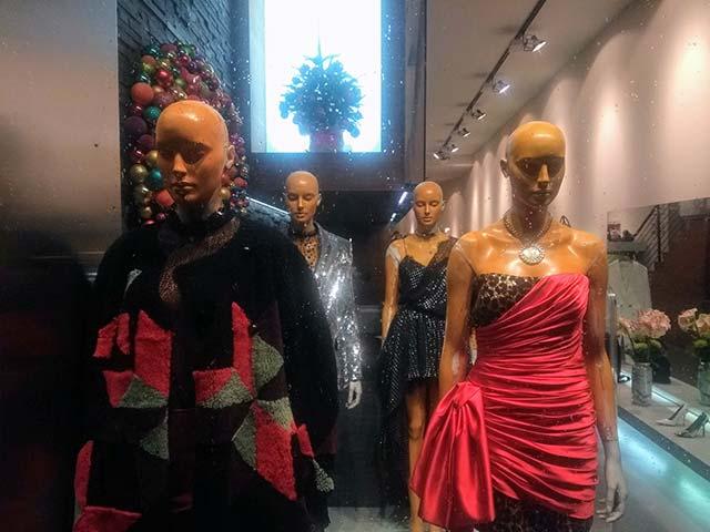 In Sachen Mode mal hip, mal zurückhaltend – aber immer trendy