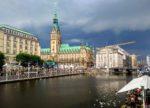 Demo auf dem Rathausmarkt: Leave no one behind – Evacute now