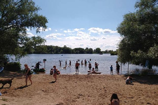 Brauchen wir Schwimmflossen an der Elbe zum Baden?