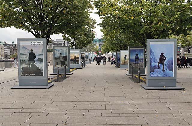 Open Air Ausstellung Jungfernstieg-Galerie