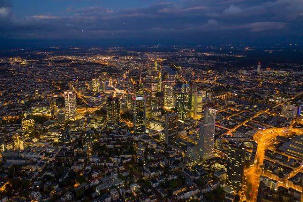 Frankfurst bei Nacht: Geheimtipps für aufregende Städtetrips in Deutschland