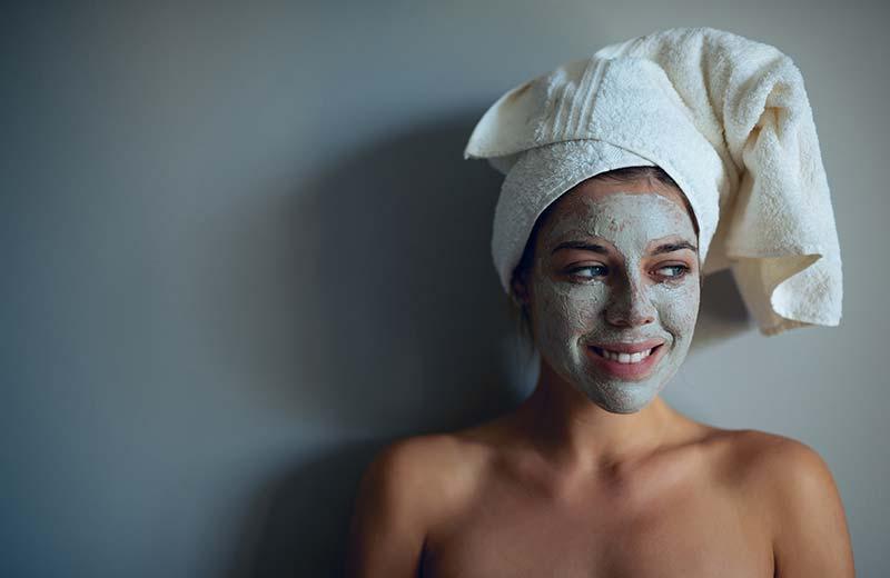 Trockene und empfindliche Haut reinigen